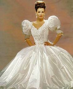 OMG, look at these big puffy sissy sleeves. What selfrespecting man woldl be caught dead in this? 1980s Wedding Dress, Big Wedding Dresses, Beautiful Wedding Gowns, Beautiful Dresses, Elegant Dresses, Vintage Dresses, Ball Gown Dresses, Mode Vintage, Vintage Bridal