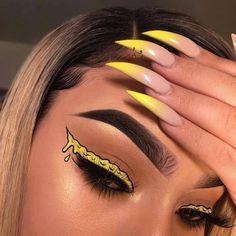 "🔸NAIL INSPO🔸 on Instagram: ""😱 Who wants to try this! 🙌 Comment below!⠀ Follow 👉@huellabeauty⠀ ⠀ Credits : @makeupbyriquelle⠀ #gelnails #nailpolish #instanails…"" Makeup Drawing, Makeup Art, Makeup Tips, Eye Makeup, Makeup Ideas, Makeup Hacks, Drawing Tips, Fairy Makeup, Movie Makeup"