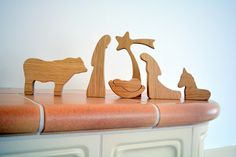 Krippen - Moderne Holzkrippe – 6-teiliges Set, EICHENHOLZ - ein Designerstück von LovingWoodCom bei DaWanda