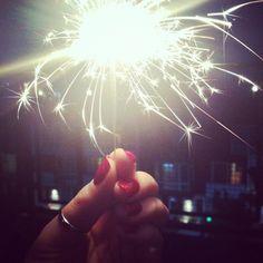 Fourth of July sparkler + festive mani