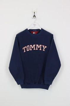 Tommy Hilfiger Sweatshirt Navy Large - See-All Tommy Hilfiger Mujer, Tommy Hilfiger Outfit, Tommy Hilfiger Vintage, Tommy Hilfiger Sweatshirt, Sweatshirt Outfit, Hoodie Sweatshirts, Sweatshirts Vintage, Vintage Crewneck Sweatshirt, Hoodies