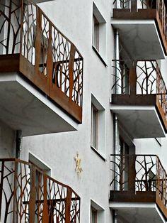 Der Corten-Stahl- Balkon BAL 1000 eine perfekte gestalterische Arbeit von Holger Schweitzer & Beate Emanuel und #smgtreppen