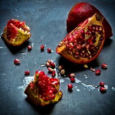 pomegranate. the lighting is incredible, especially on the dark background, and the colors of the fruit just pop. #foodphotography #sliceofpai Produce | Slice of Pai
