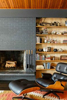 Eames chair and ottoman in Saul Zaik house redesigned by Jessica Helgerson.