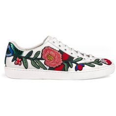 Gucci Ace Embroidered Low-Top Sneaker (£440) ❤ liked on Polyvore featuring shoes, sneakers, flats, white, flat shoes, floral sneakers, white sneakers, gucci shoes and leather sneakers