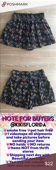 """XHILARATION FLOWER SKORT Condition: EUC, No flaws, no rips, holes or stains. Pants/Skirt, waist stretches up to 30"""", length is 14"""" Smoke free home/Pet hair free No trades, No returns. No modeling  Shipping next day. Beautiful package! I LOVE OFFERS, offer me! ALL ITEMS ARE OWNED BY ME. NOT FROM THRIFT STORES All transactions video recorded to ensure quality.  Ask all questions before buying #48 Xhilaration Shorts Skorts"""
