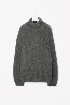 COS   High-neck jumper Grau, Gemütliche Pullover, Grob Strickjacken,  Pullover Wetter d3d96a1d25