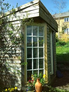 The Hut...a small but peaceful shed £30 pn