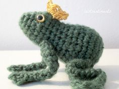 The Frog Prince with Golden Crown  Eyes and by lostsentiments
