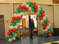Triple packed arch in Italian colors.  Can also be used for Christmas!