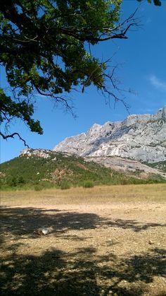 Ste Victoire <3 Mount Rainier, Provence, Mountains, Nature, Travel, Naturaleza, Viajes, Destinations, Traveling