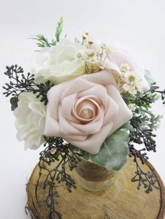 Recreate Your Bridal Bouquet & Keep it Forever! / The Botanical Box: Great anniversary gift. Bridesmaid Bouquet, Wedding Bouquets, Wedding Flowers, Blush Weddings, Vintage Wedding Theme, Chic Wedding, Great Anniversary Gifts, Bridal Decorations, Wedding Inspiration