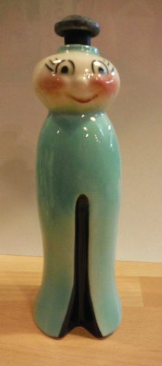 Really neat vintage Clothespin Sprinkler Bottle. Love the design!