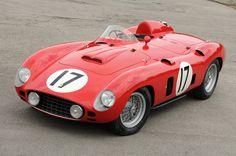 Scaglietti designed Ferrari 860 Monza that won at Sebring in 1956 - Today Pin Maserati, Lamborghini, Bugatti, Bmw Classic Cars, Classic Sports Cars, Sports Car Racing, Race Cars, Auto Racing, Road Racing