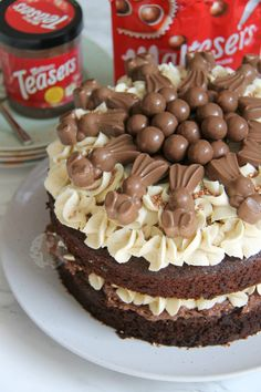 A Two Layer Chocolate Malt Sponge, with Malteser Spread Filling, Malt Buttercream Frosting, Malteser Chocolate Easter Cake, Chocolate Fudge Cake, Delicious Chocolate, Chocolate Malt, Chocolate Chips, Chocolate Spread, Chocolate Lovers, Chocolate Cupcakes, White Chocolate