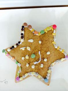 Sternenlebkuchen Verschiedene Denkformen und Farben