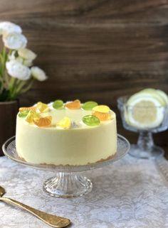 TARTA DE LIMÓN Biscuits, Cheesecake Cupcakes, Desert Recipes, Diy Food, Yummy Cakes, Cupcake Cakes, Cake Decorating, Bakery, Deserts