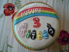 Torta dei Barbapapà per il compleanno di Matteo.  http://creandosicrescecrescendosicrea.tumblr.com/post/35557885896/torta-barbapap