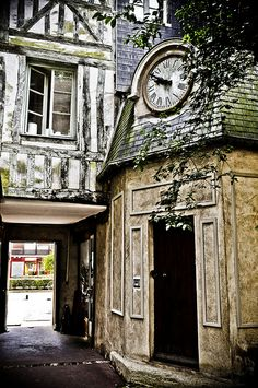 Rouen - Passage de la petite Horloge, France.  ASPEN CREEK TRAVEL -karen@aspencreektravel.com