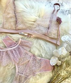 Treat yourself to a soft and delicate lavender set ♡