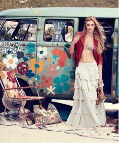 VWs and girls: Archive Volkswagen Minibus, Vw T1, Volkswagen Golf, Vw Caravan, Vw Camper, Campers, Combi Ww, Bus Girl, Hot Topic
