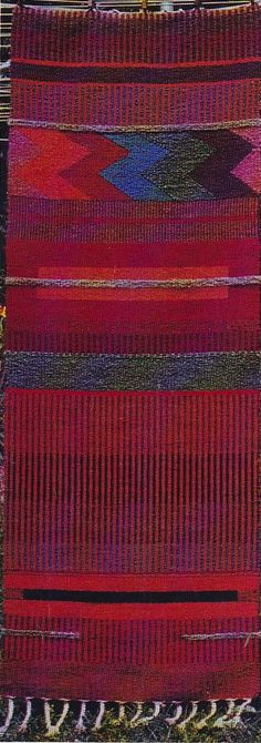 Navajo Techniques for Today's Weaver by Joanne Mattera