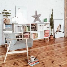 Ikea 'Valje' hack in lovely home @ roomor_ , Ikea & Hack in schönes Zuhause @ roomor_. Home Living Room, Living Room Furniture, Living Spaces, Ikea Valje, Casa Color Pastel, Ikea Eket, Wrought Iron Patio Chairs, Ikea Chair, Home Improvement Projects