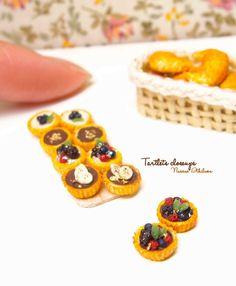 New Dollhouse Miniature CARNIVAL CIRCUS CARAMEL APPLE Re-ment Mini Food Item