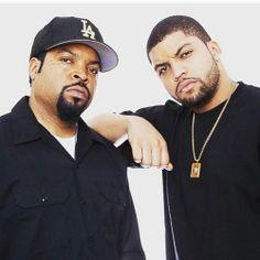 mjsheartisstillbeating: djbmoe: Je ne comprends toujours pas comment ils regardent SOOOO ressemblent beaucoup !!!! #Twins #IceCube #NWA #StraightOuttaCompton Parce que ce son fils.