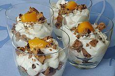 Eins meiner Nachtisch-Lieblinge: American Cookiescreme. Schmeckt auch mit anderen Früchten! (Rezept mit Bild) von papalama | Chefkoch.de