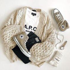 FASHIONCHIC Girls Boys Kids Unisex Plain Zip Up Full Sleeve 2 Pocket Fleece Hoodie Cardigan Top Size 2 3 4 5 6 7 8 9 10 11 12 13 Year ** 15 Colors **
