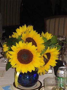 Wedding Sunflower Centerpieces - The Wedding SpecialistsThe Wedding Specialists