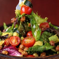 Roasted Chickpea And Avocado Salad