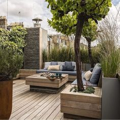 Mix - Best Woocomerce Theme For Fashion Rooftop terrace in modern country style. - Mix – Best Woocomerce Theme For Fashion Rooftop terrace in modern country style. A secluded place - Rooftop Terrace Design, Terrace Garden, Rooftop Gardens, Garden Plants, Garden Tub, Modern Garden Design, Patio Design, Exterior Design, Modern Patio
