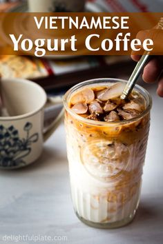 Vietnamese Yogurt Coffee (Sua Chua Cafe) is a tasty and unique Vietnamese drink. It is rich and creamy with an addictive aroma and bitterness from coffee. Very quick and easy to make and you will get your caffeine fix as well as yogurt health benefits fro Yogurt Health Benefits, Tumeric Benefits, Bebidas Do Starbucks, Coffee Aroma, Coffee Coffee, Happy Coffee, Starbucks Coffee, Black Coffee, Morning Coffee