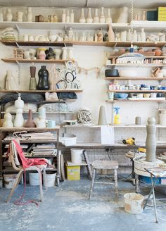 MARGARET HOWELL – NICOLA TASSIE CERAMICS FOR PARIS DESIGN WEEK For Paris Design Week, from 8 to 16 September 2017, Margaret Howell will be displaying a collection of exclusive hand thrown ceramic lamp bases by Nicola Tassie.Each lamp base is a unique one-off sculptural form, inspired by architecture, motion and light. The Margaret Howell shop located 6 Place de la Madeleine (Paris 8e) will display Nicola's work through a series of photos, shot in her London studio.