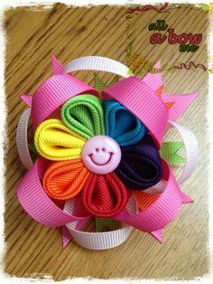 Kanzashi flower bow. Super cute!