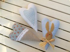 cuori blu - blue hearts by countrykitty, via Flickr