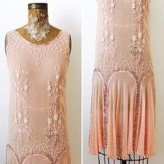 Vintage 1920s Beaded Silk Flapper Dress/Pastel pink color/Art