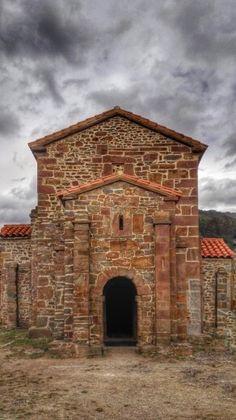 Santa Cristina de Lena, prerrománico asturiano.