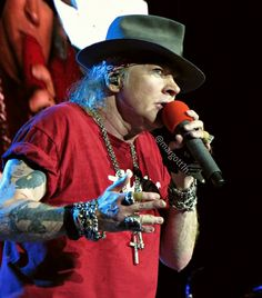 Axl Rose of Guns N' Roses, august 2016