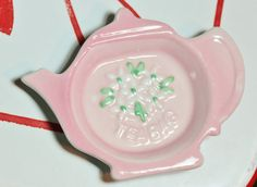 Vintage Ceramic Tea Pot Tea Bag Holder Pink by foundundertheeaves, $7.00