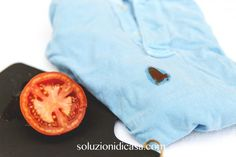 Macchie di pomodoro: come eliminarle in poche mosse?