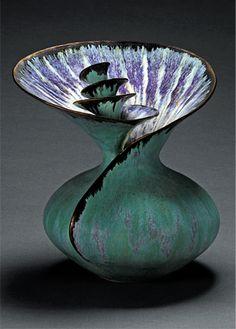 Susan Anderson Ceramics Gallery - love the flow and color Pottery Sculpture, Pottery Vase, Ceramic Pottery, Glass Ceramic, Ceramic Clay, Sculptures Céramiques, Sculpture Art, Ceramica Artistica Ideas, Vases