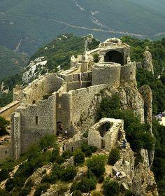 Peyrepertuse Castle, Peyrepertuse, Duilhac-sous-Peyrepertuse, Tuchan, Narbonne, Aude, Languedoc-Roussillon, France
