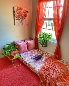 Cute Bedroom Decor, Room Design Bedroom, Bedroom Furniture Design, Home Decor Furniture, India Home Decor, Ethnic Home Decor, Indian Room Decor, Pinterest Room Decor, Casas Shabby Chic