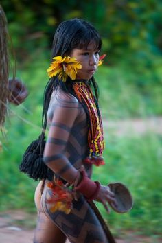 Karajá/Iny girl, Brazil - The Karajás originate Bananal Island, in the Araguaia Indigenous Park in Tocantins, Amazonian Brazil: