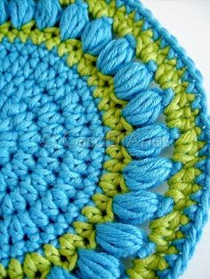 Round pot holder - easy crochet pattern