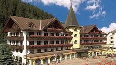 Erleben Sie einen außergewöhnlichen Urlaub mit der Fellnase und dem Schmusetieger im Hotel Oswald in Gröden, Südtirol. Skifahren, Wandern und kulinarische Spezialitäten begleiten Sie während Ihrer Ferien und sorgt dafür, dass Sie Italien von seiner schönsten Seite kennenlernen.