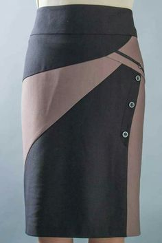 This skirt is badass. Short Gowns, Short Skirts, Skirt Outfits, Dress Skirt, Diy Fashion, Fashion Outfits, Fashion Design, Model Rok, Couture